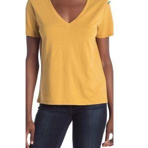 NWT BP Tan Mustard V-Neck Short Sleeve Top - M
